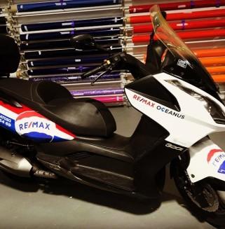 Decoração de mota Remax